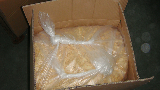 Garlic Flake with 20KG/CTN package: